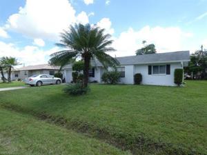 18555 Geranium Rd, Fort Myers, FL 33967