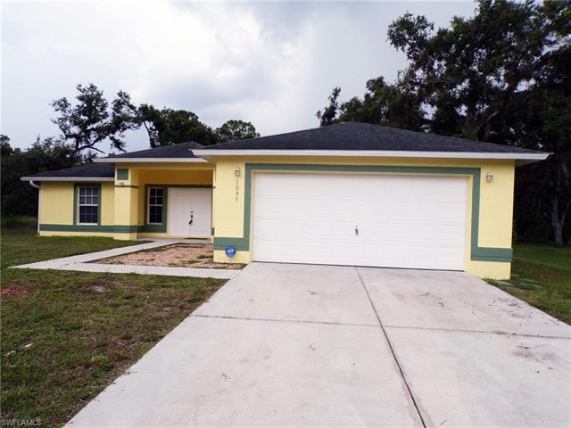 1095 Fort Thompson Ave, Labelle, FL 33935