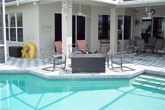 16197 Edgemont Dr, Fort Myers, FL 33908