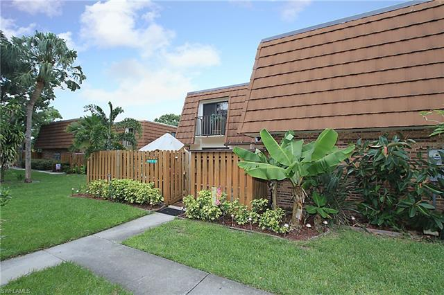 1452 Park Shore Cir 2, Fort Myers, FL 33901
