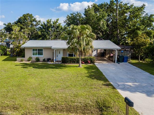1454 Collins Rd, Fort Myers, FL 33919