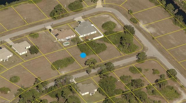 4148 Ne 10th Ave, Cape Coral, FL 33909