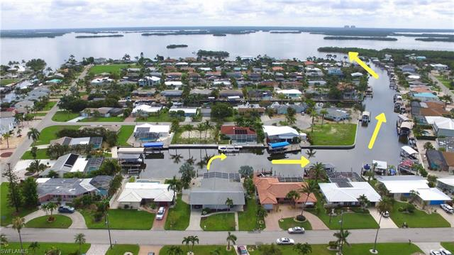 5 Fairview Blvd, Fort Myers Beach, FL 33931