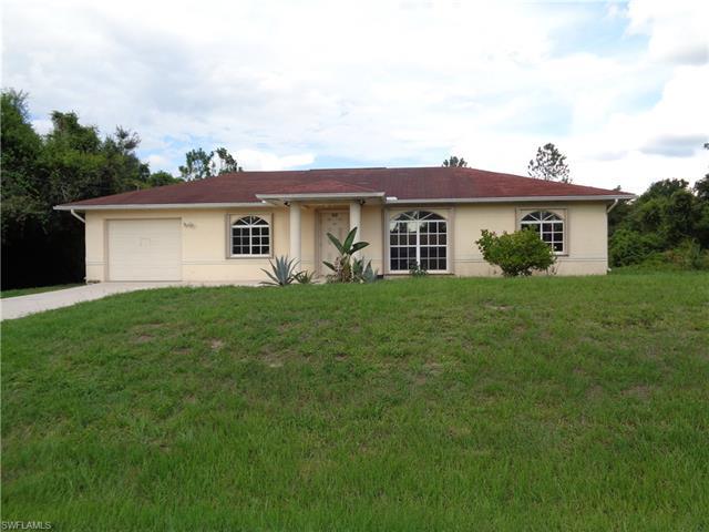 512 Washington Ave, Lehigh Acres, FL 33972