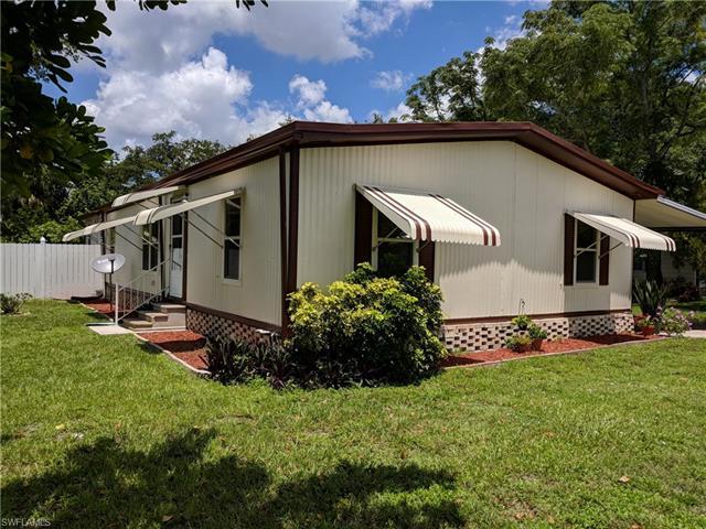 7616 Peyraud Dr, North Fort Myers, FL 33917