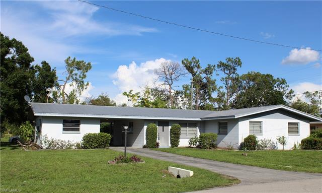2300 Dover Ave, Fort Myers, FL 33907