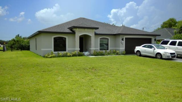 1102 Sw 23rd St, Cape Coral, FL 33991