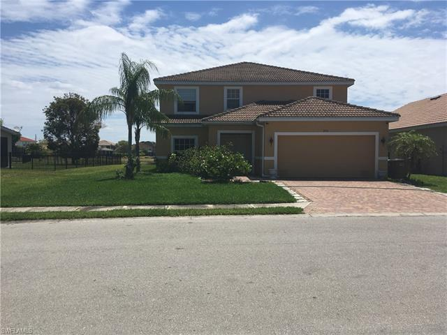 2116 Cape Heather Cir, Cape Coral, FL 33991