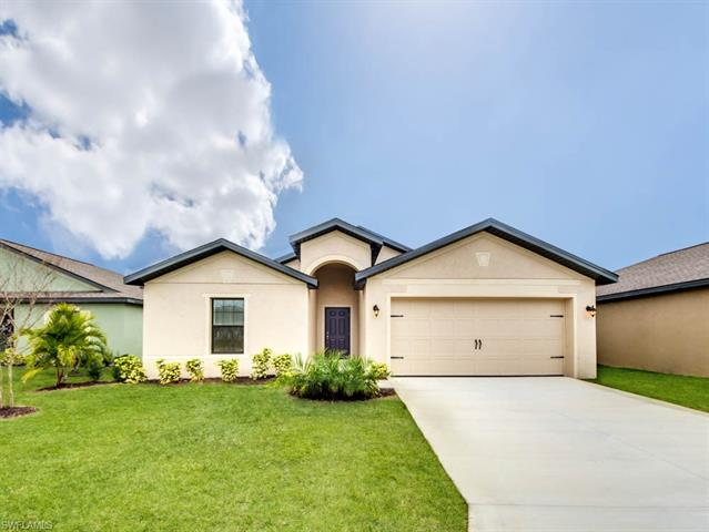 463 Shadow Lakes Dr, Lehigh Acres, FL 33974