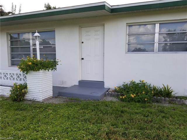 1374 Evalena Ln, North Fort Myers, FL 33917