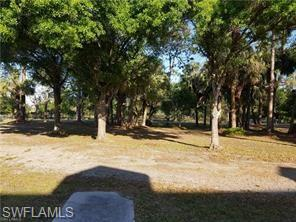 5090 Jackson Rd, Fort Myers, FL 33905