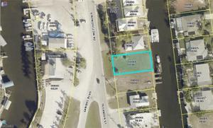 3044 Stringfellow Rd, St. James City, FL 33956
