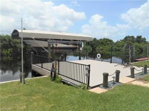 200 Sun Cir, Fort Myers, FL 33905