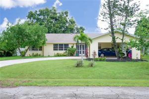 919 Dean Way, Fort Myers, FL 33919