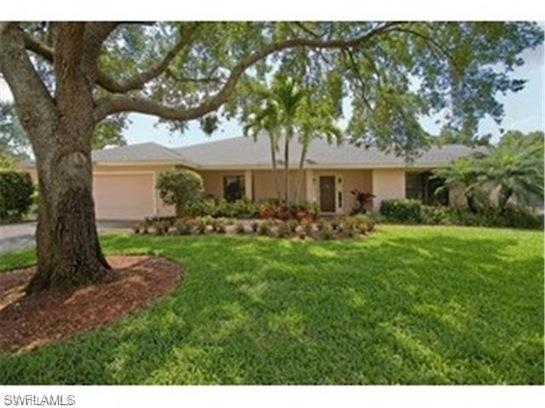 2009 Imperial Golf Course Blvd, Naples, FL 34110