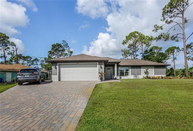 18614 Cedar Dr E, Fort Myers, FL 33967