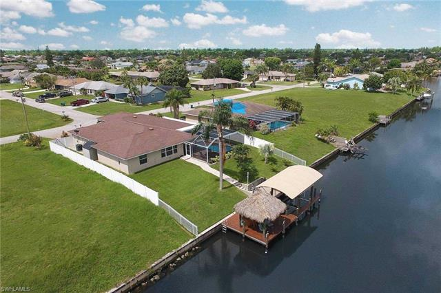 1023 Se 15th St, Cape Coral, FL 33990