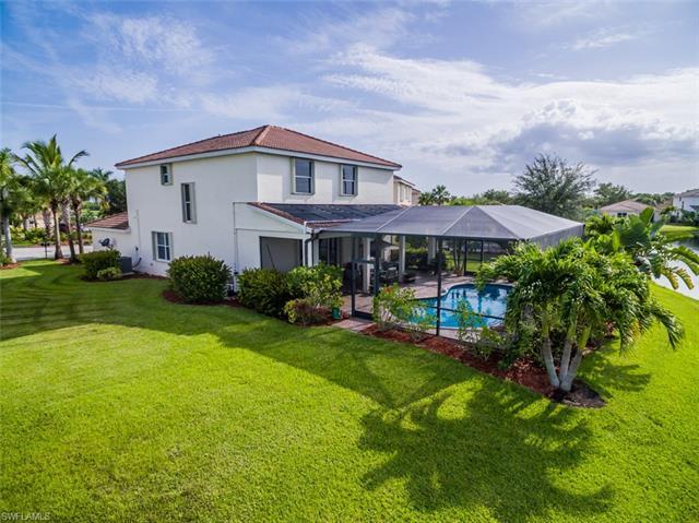 932 Golden Pond Ct, Cape Coral, FL 33909