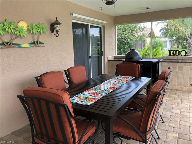 2206 Se 14th Ter, Cape Coral, FL 33990