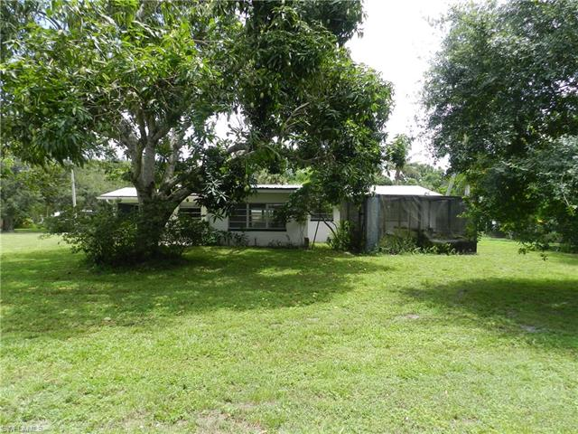 166 Fairview Ave, Fort Myers, FL 33905