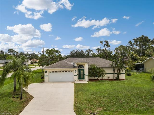 18205 Apple Rd, Fort Myers, FL 33967