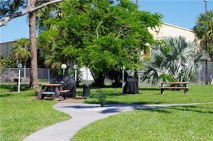 2079 Barkeley Ln 20, Fort Myers, FL 33907