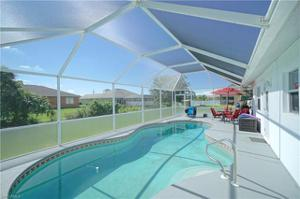 920 Alfreda Ave, Lehigh Acres, FL 33971