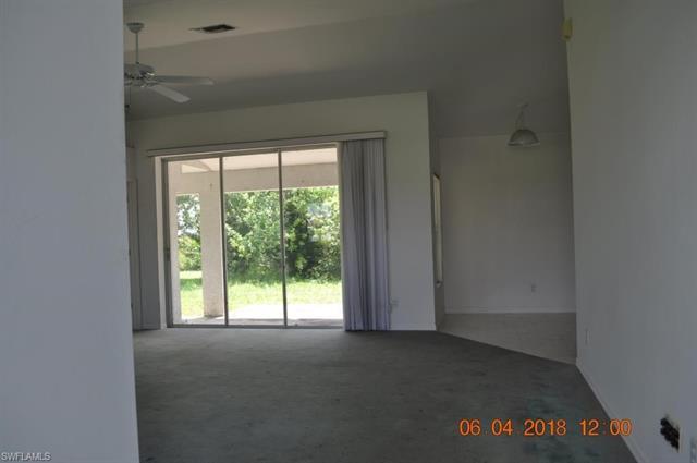 812 Champion Ave, Lehigh Acres, FL 33971