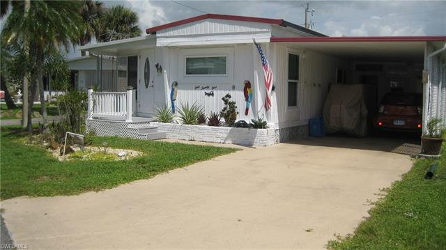 121 Overland Trl, North Fort Myers, FL 33917