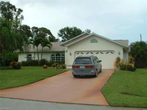 18545 Narcissus Rd, Fort Myers, FL 33967