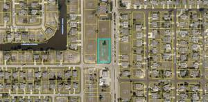 3622 Skyline Blvd, Cape Coral, FL 33914