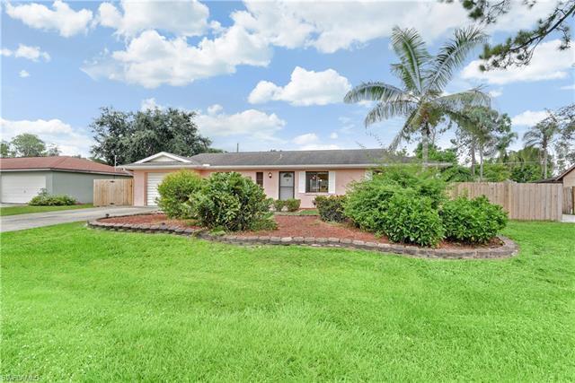 9208 Mandarin Rd, Fort Myers, FL 33967
