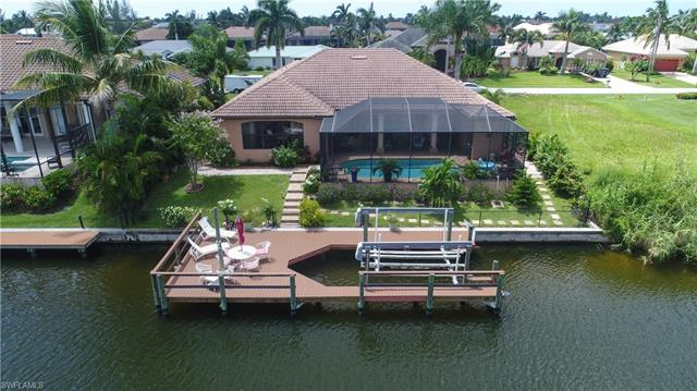 2807 Sw 37th Ter, Cape Coral, FL 33914