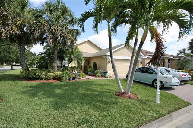 9219 Palm Island Cir, North Fort Myers, FL 33903