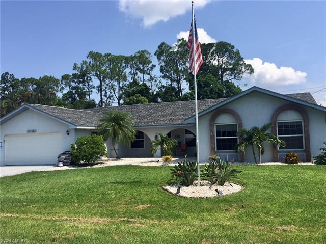2369 Dover Ave, Fort Myers, FL 33907
