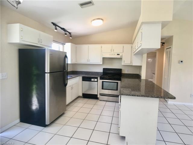 18536 Sebring Rd, Fort Myers, FL 33967