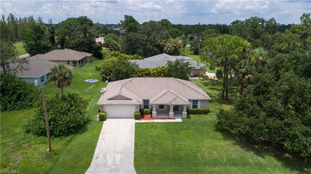 1727 Ne 35th St, Cape Coral, FL 33909