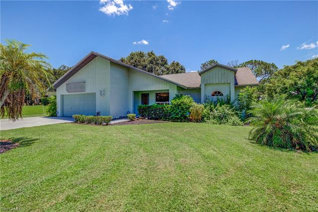 17845 Chesterfield Rd, North Fort Myers, FL 33917