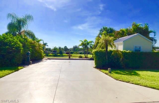 3014 E Riverbend Resort Blvd, Labelle, FL 33935