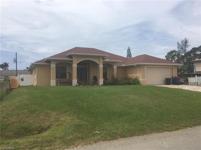 8306 Wren Rd, Fort Myers, FL 33967