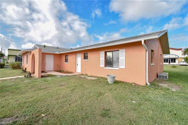 2722 Santa Barbara Blvd, Cape Coral, FL 33914