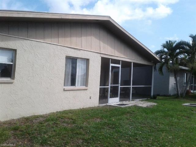 2603 Bridgeview St, Matlacha, FL 33993
