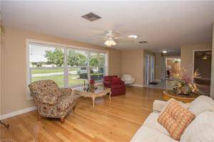 1058 Clarellen Dr, Fort Myers, FL 33919