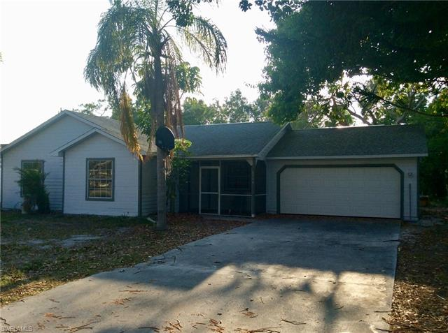 8749 Chatham St, Fort Myers, FL 33907