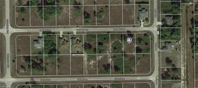 1218 Garibaldi St E, Lehigh Acres, FL 33974