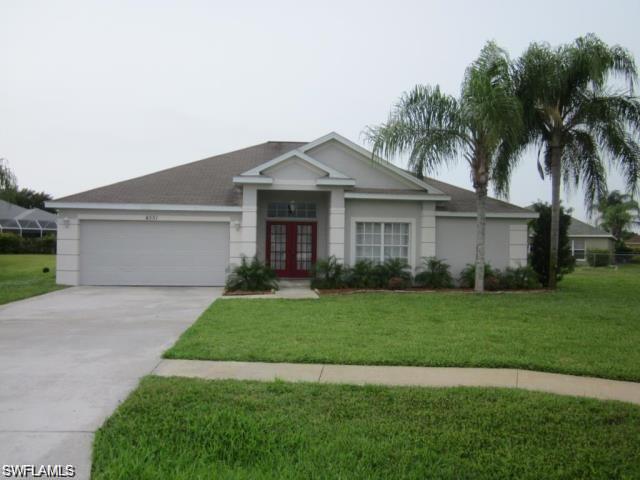 4551 Diploma Ct, Lehigh Acres, FL 33971