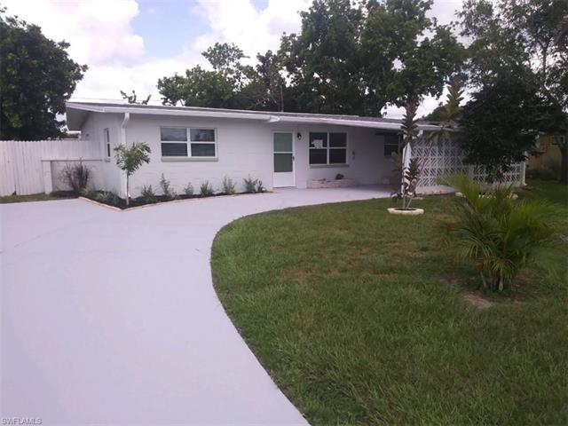 836 Hydrangea Dr, North Fort Myers, FL 33903