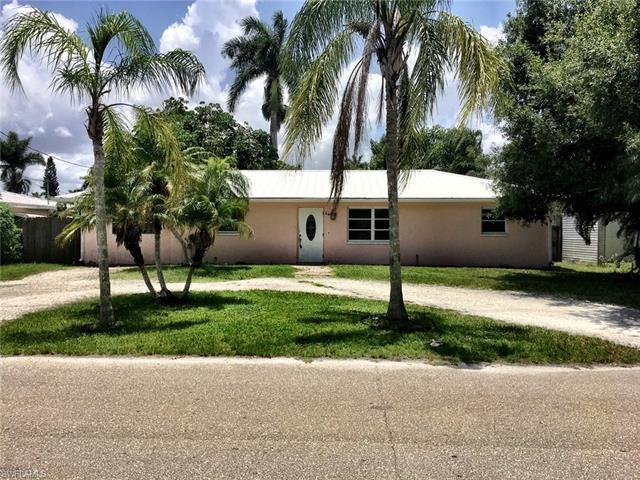 64 Cardinal Dr, North Fort Myers, FL 33917