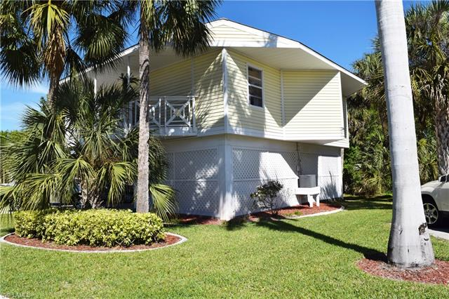 950 Moody Rd 111, North Fort Myers, FL 33903