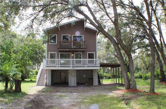 1909 Robert Ave, Lehigh Acres, FL 33972